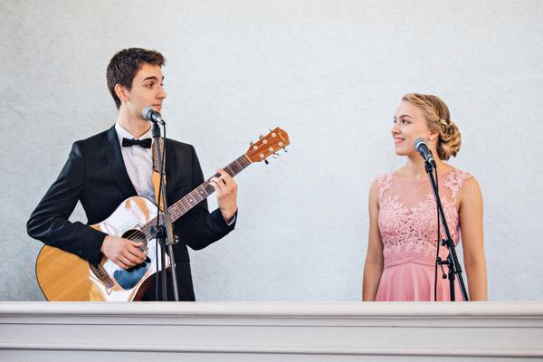 Musiker-Duo: Nicole und Tim